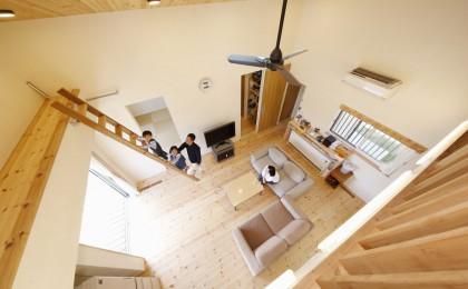 長南町「新緑に包まれる家」