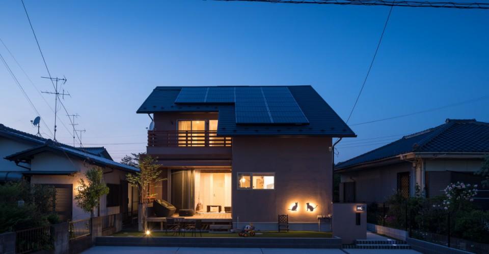 佐倉市「チョコレート色の家」